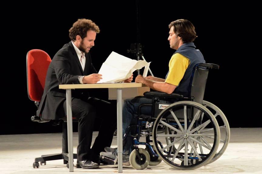 OFF/OFF Theatre | Dal 30 ottobre LA RIVOLUZIONE DELLE SEDIE, regia di BarbaraAlesse