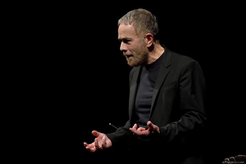 Tenax Theatre | Il 26 novembre Gabriele Lavia inAMLETOHAMLET!