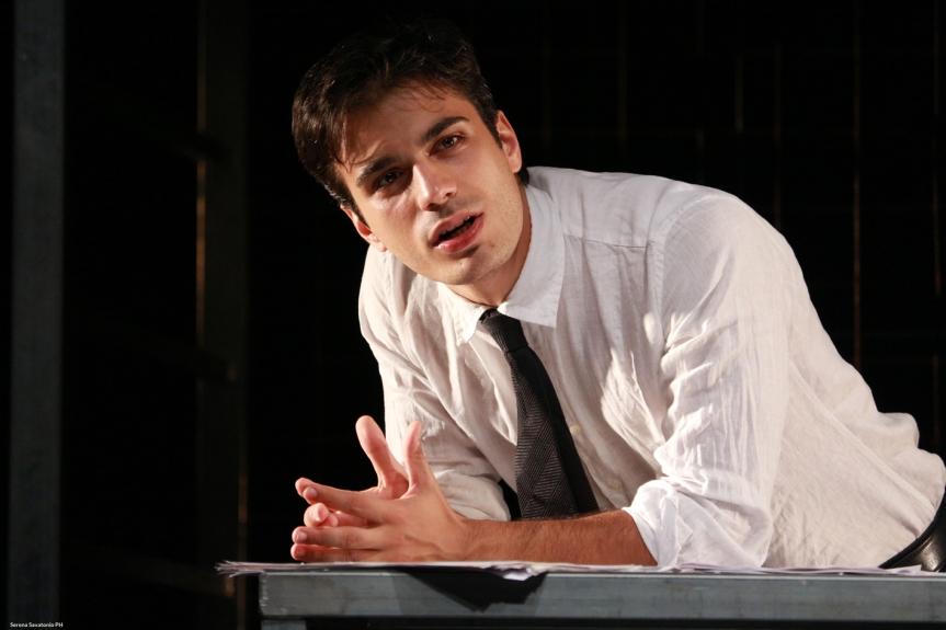 Recensione | CONDANNATO A MORTE – L'inchiesta all'OFF/OFF Theatre