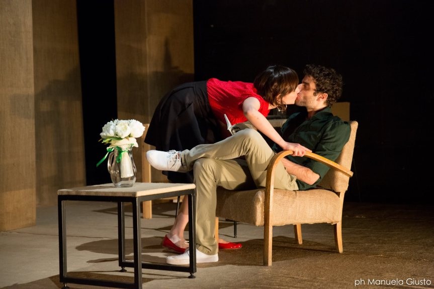 Teatro Filodrammatici | SENZA GLUTINE di e con Giuseppe Tantillo dal 19marzo