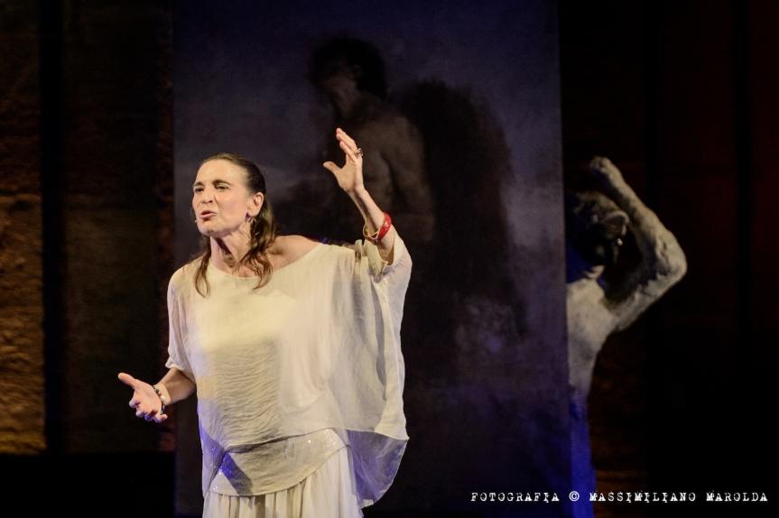 Teatro Brancaccio | PENSIERI ALL'IMPROVVISO con Lina Sastri il 9maggio