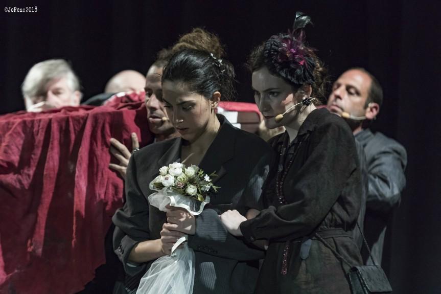 Teatro Lo Spazio | FAMIGLIA di Valentina Esposito in scena dal 30maggio